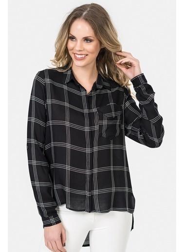 İroni Kareli Gömlek Siyah